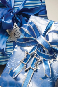 1512NLW_Hannnukah-Gifts-iStock_4738348